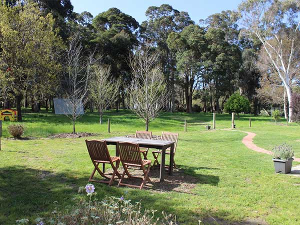 Garden-privacy-at-olive-hill-farm-farmstay-margaret-river
